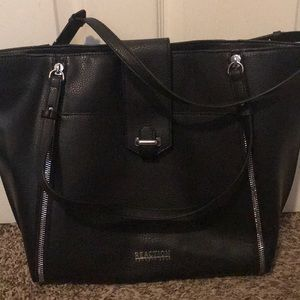 Kenneth Cole- Reaction purse